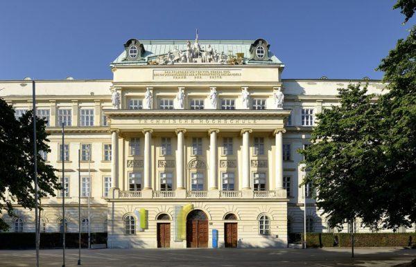 TU Wien - Drehscheibe Scheduling